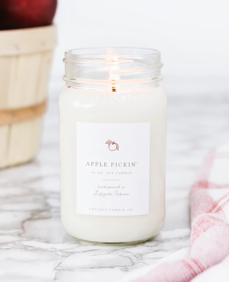 Apple Pickin' 16oz Mason Jar Candle