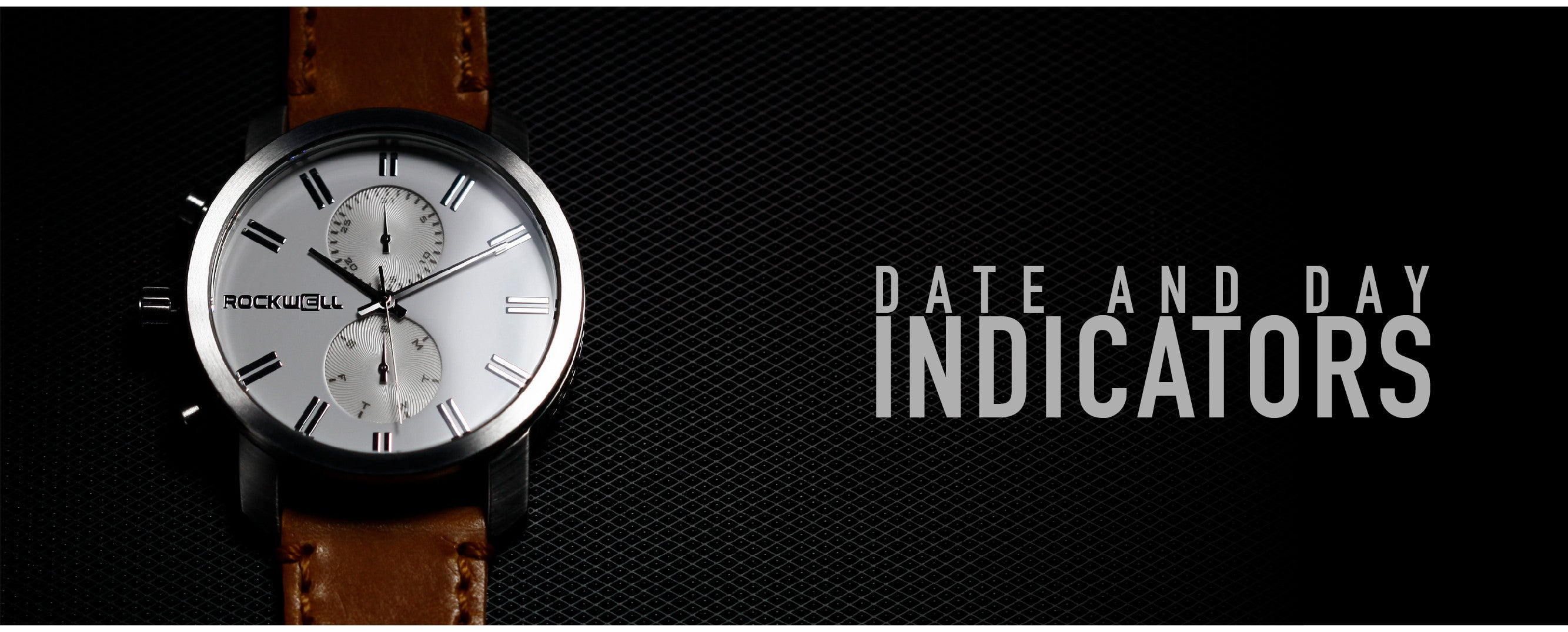 day and date indicators on the apollo watch