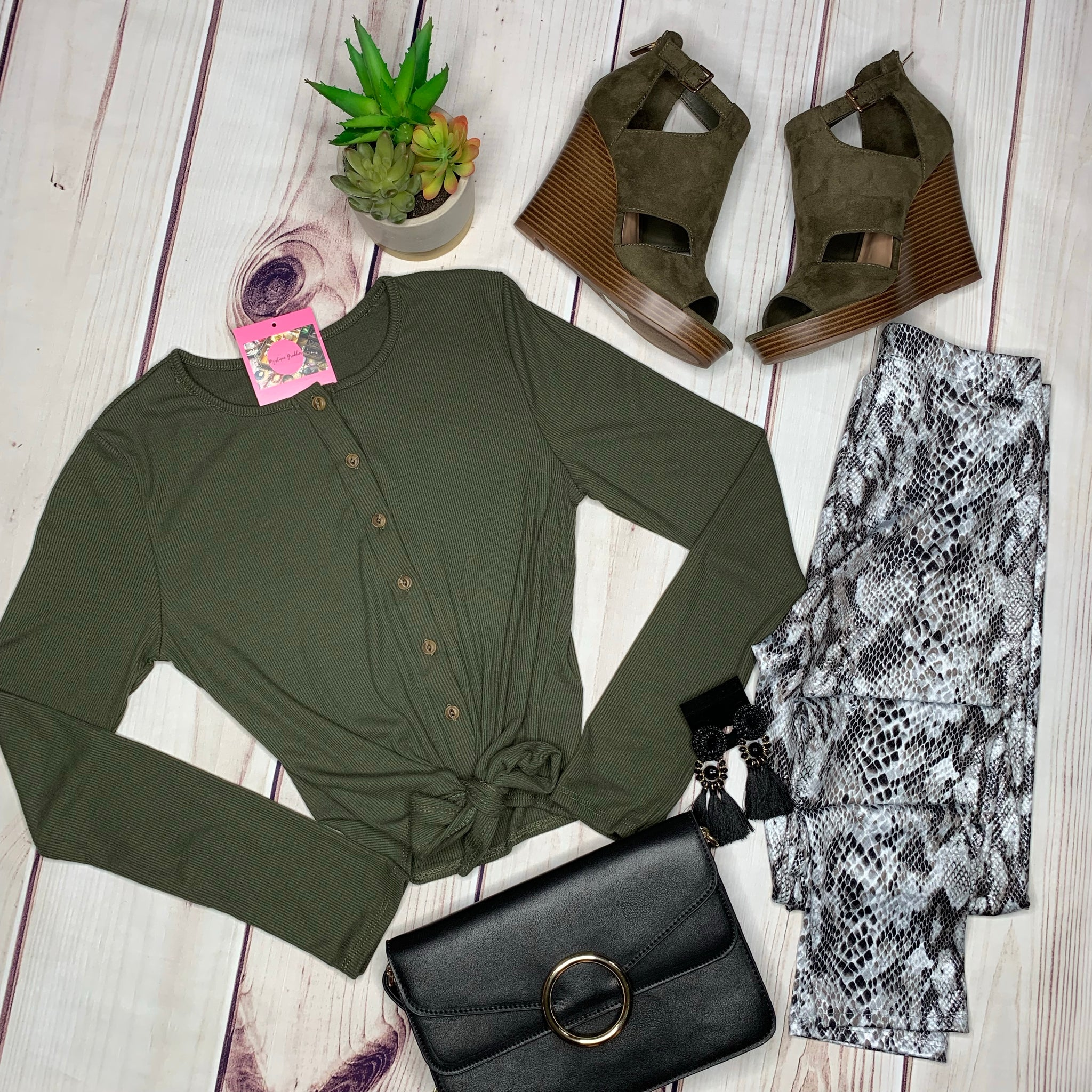 Button Down Knotted Long Sleeve Top - Olive (S&M)