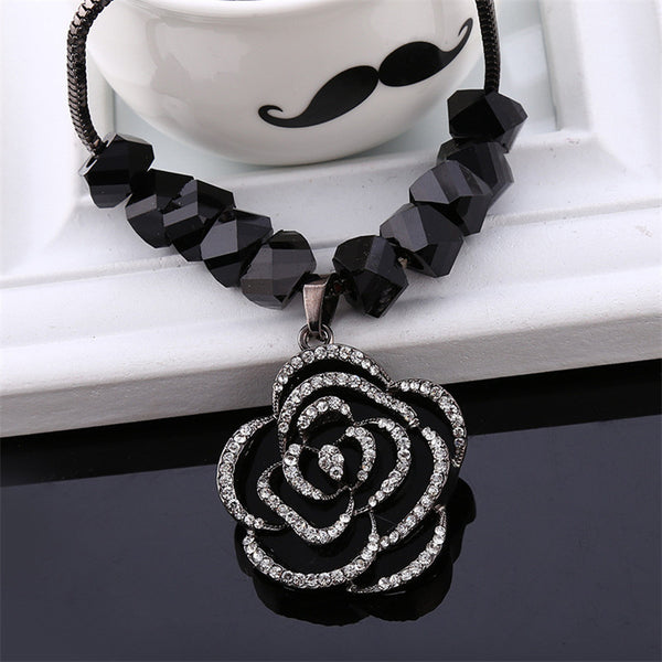 Black Rose Elegant Necklace