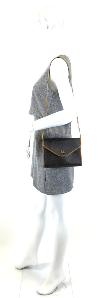 Honeycomb Canvas Chain Shoulder Bag