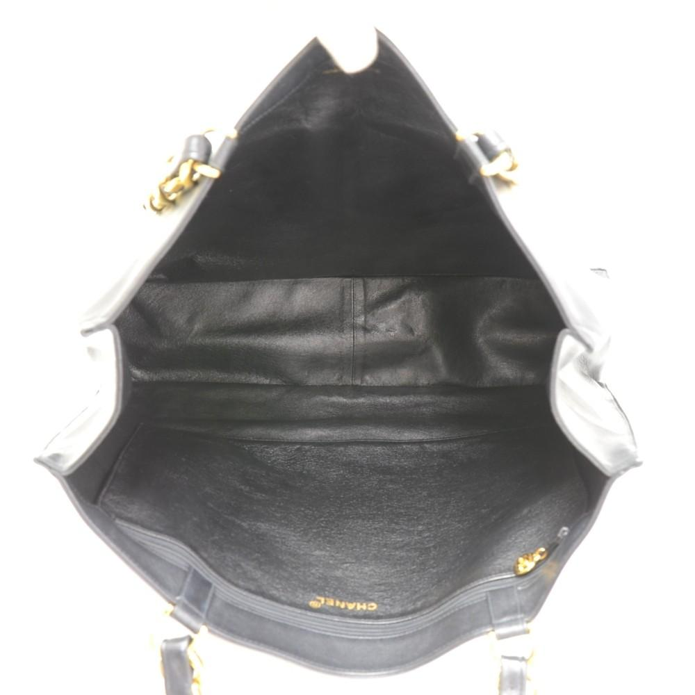 Jumbo Lambskin Leather Shoulder Bag