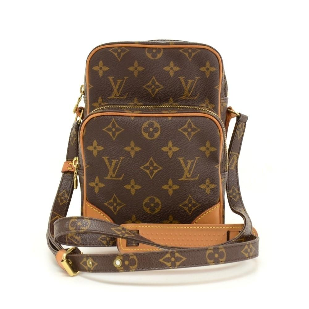 Amazone Monogram Canvas Messenger Bag