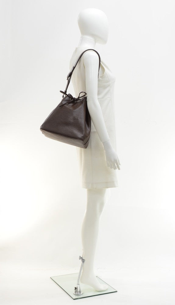 Petit Noe Chocolate Brown Epi Leather Bag