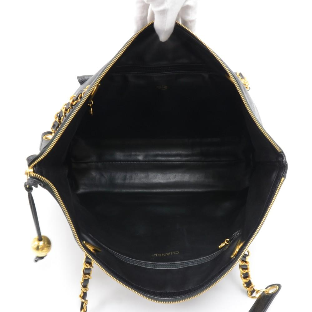 Large Caviar Leather Shoulder Bag