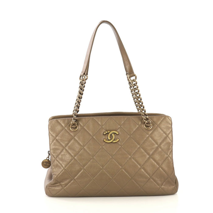 Quilted Leather CC Crown Medium Bag