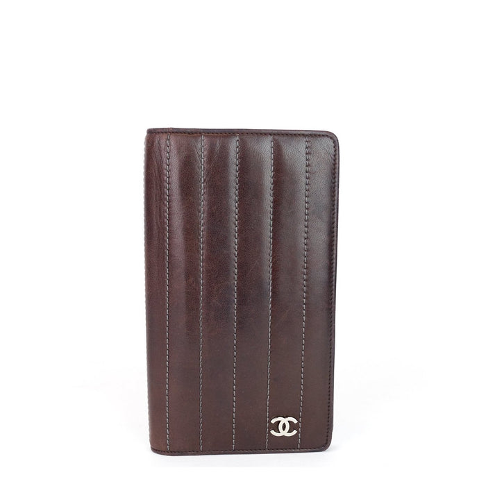 Long Bifold Lambskin Leather Wallet