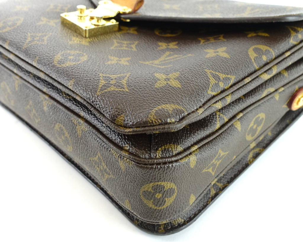 Pochette Metis Monogram Canvas Shoulder Bag