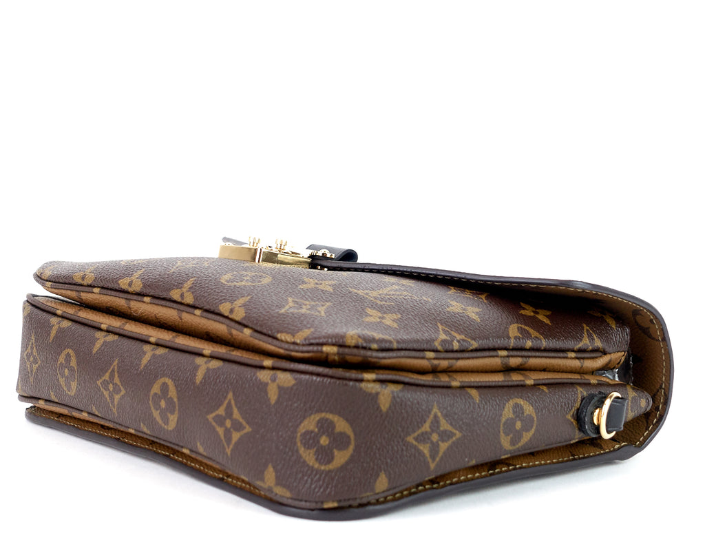 Pochette Metis Reverse Monogram Canvas Bag