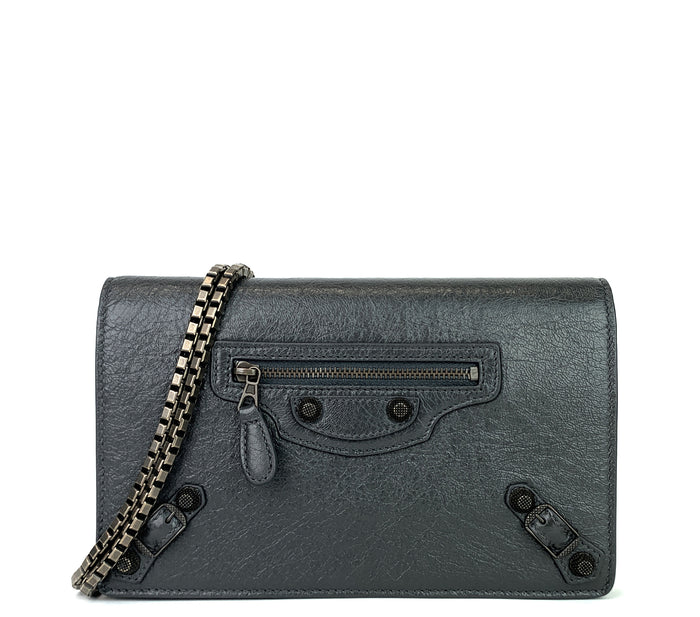 Giant Studs Wallet on Chain Leather Bag