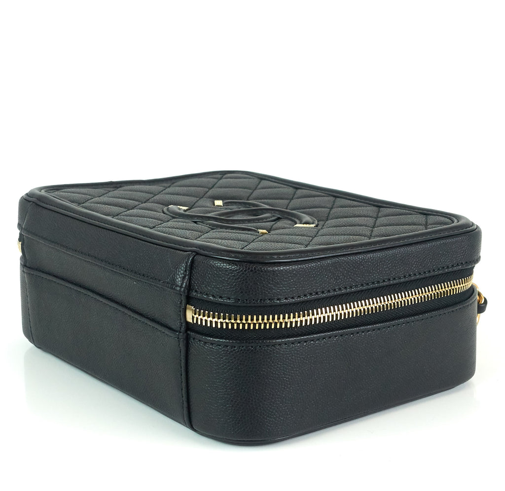 CC Filigree Quilted Caviar Leather Medium Vanity Case
