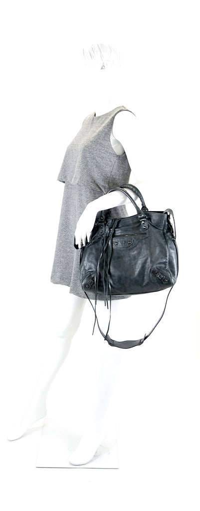 Classic Velo Agneau Leather City Bag