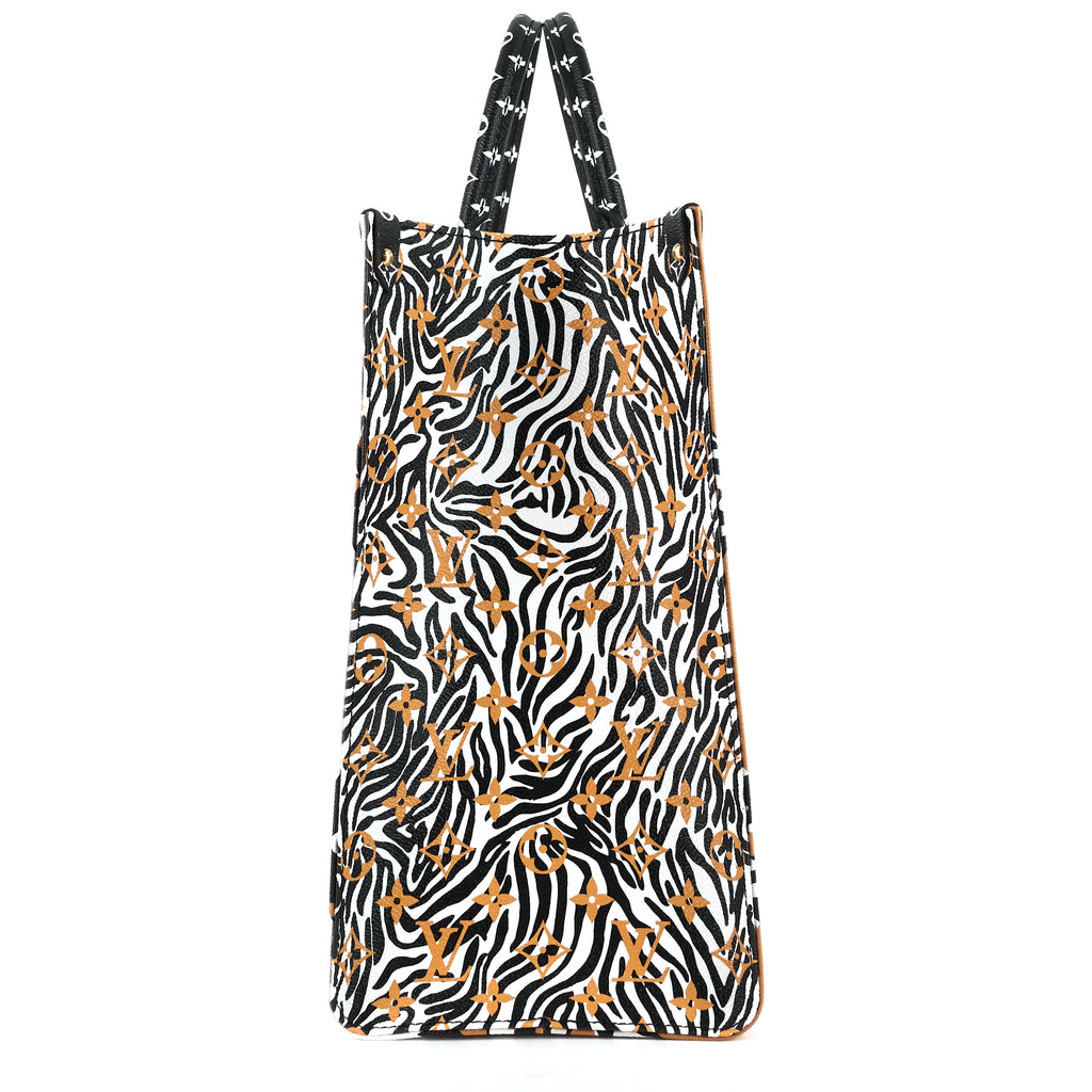 Onthego Monogram Giant Jungle Canvas Bag