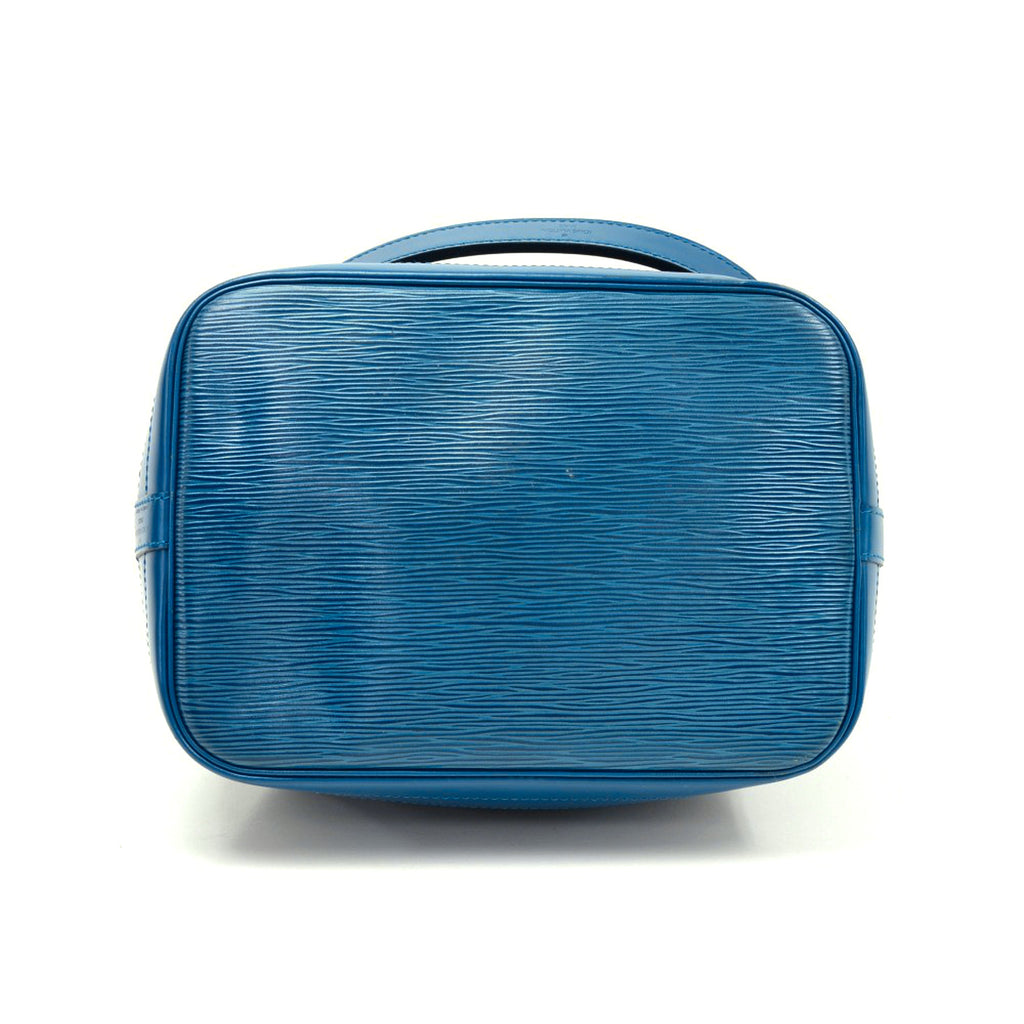 Noe Blue Epi Leather Large Shoulder Bag