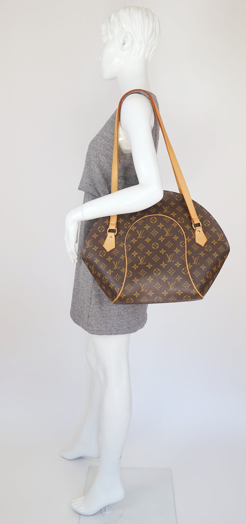 Ellipse GM Monogram Canvas Shoulder Bag