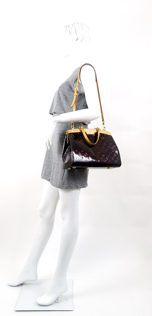 Brea MM Amarante Vernis Leather Handbag