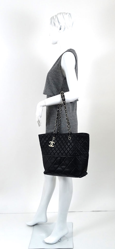 In the Business Quilted Lambskin Leather Tote Bag