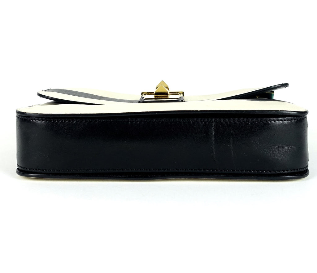 B-Rockstud Medium Calf Leather Shoulder Bag