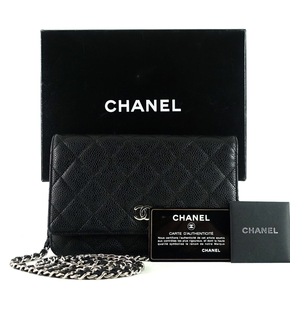 Wallet on a Chain Caviar Leather Shoulder Bag