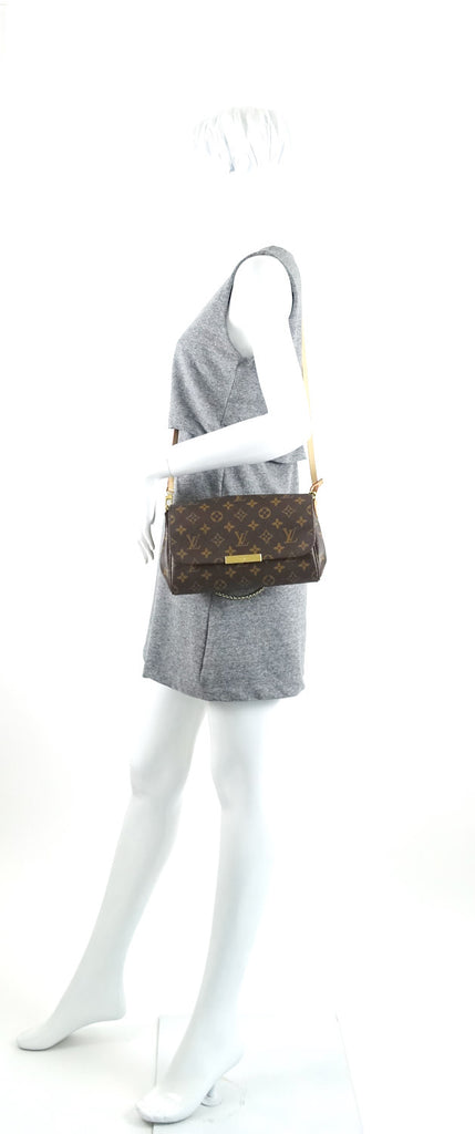 Favorite MM Monogram Canvas Handbag with Strap