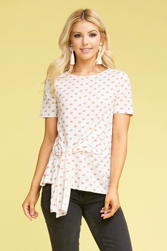 Coral dot tie-knotted top