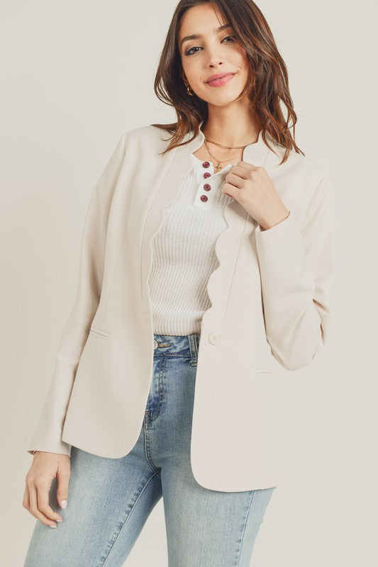 Stone jacket with scallop details