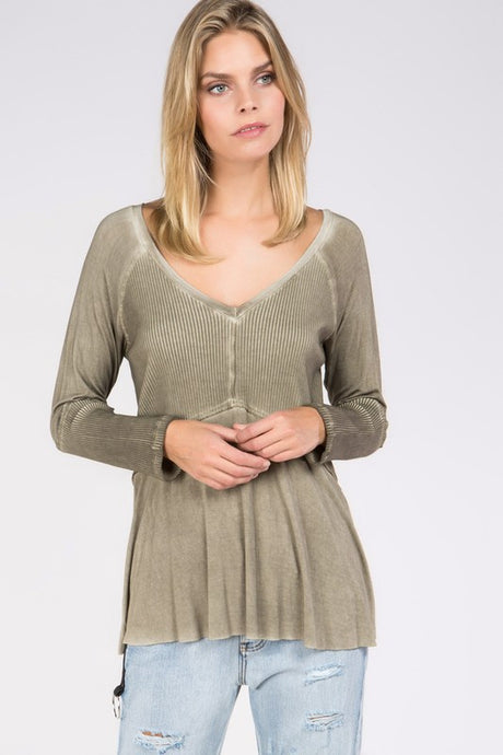 Long sleeve top in moss wash