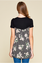 Short Sleeve Tunic with Floral Pocket and Back