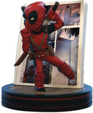 Quantum Mechanix Marvel Deadpool 4D Q-Fig Diorama Figure