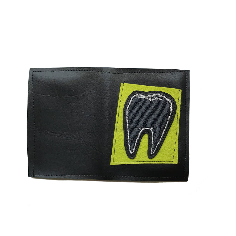 TOOTH wallet - black & green