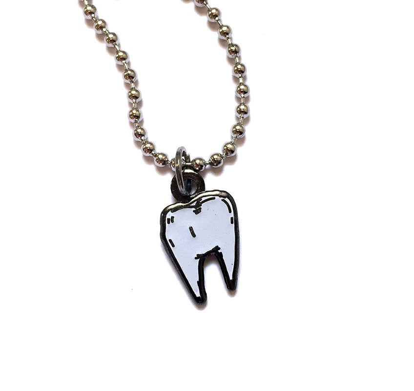 TOOTH flawed charm - glow in the dark