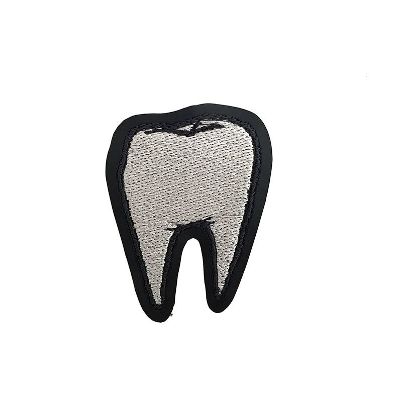 TOOTH silver - embroidered patch