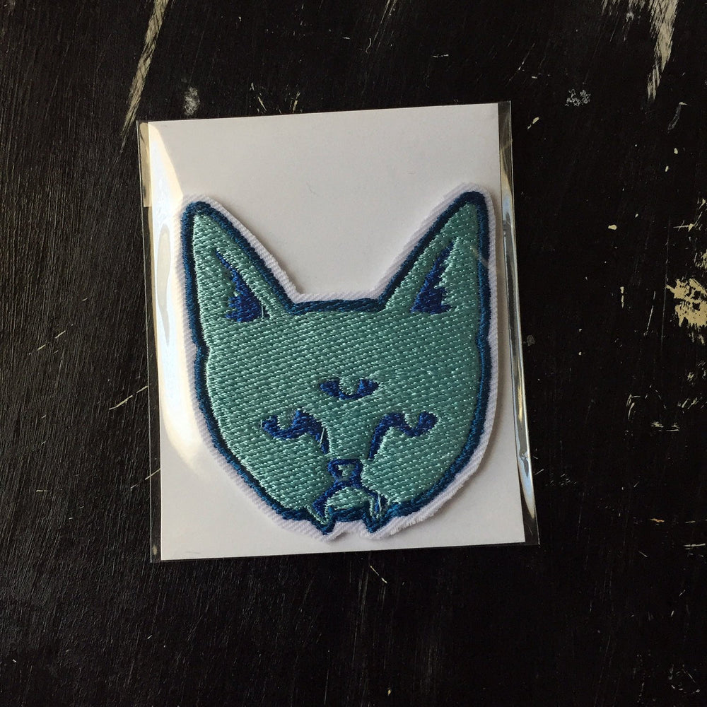 THREE EYED CAT - embroidered patch