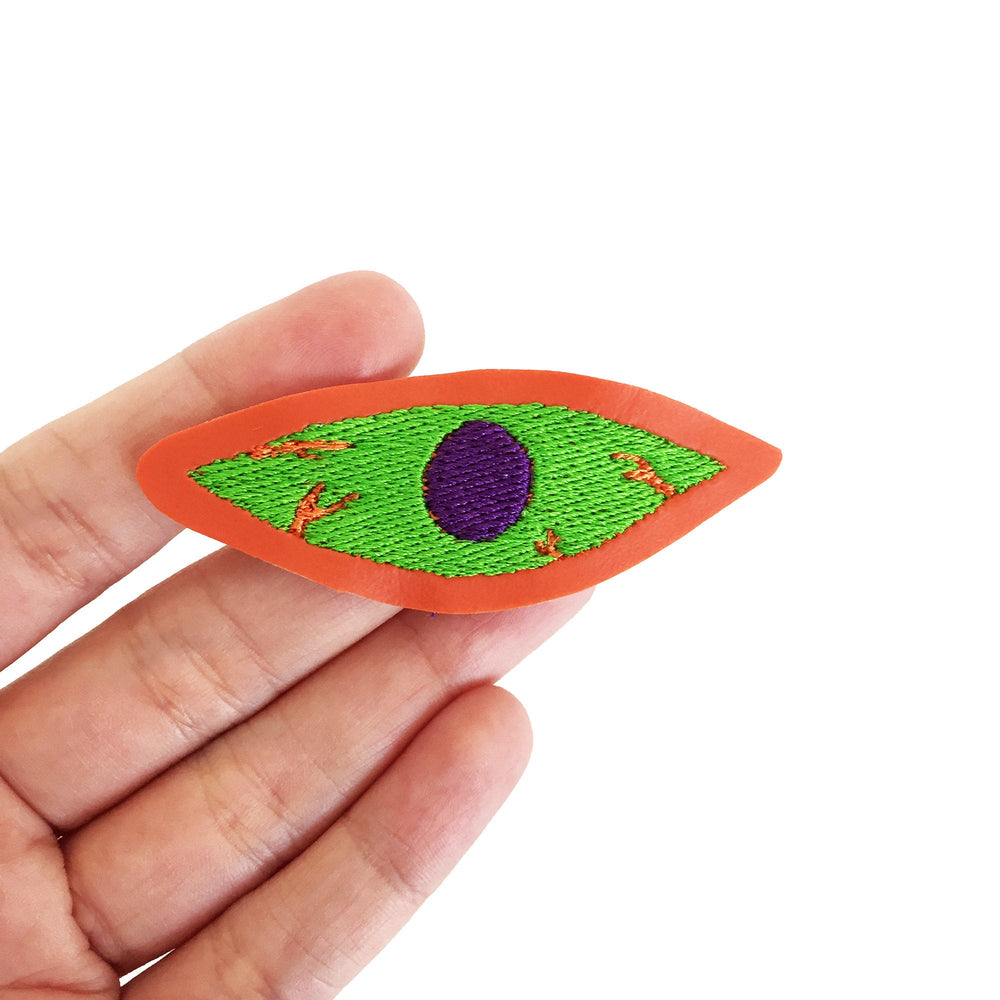 BLOODSHOT EYE embroidered patch - Spooky