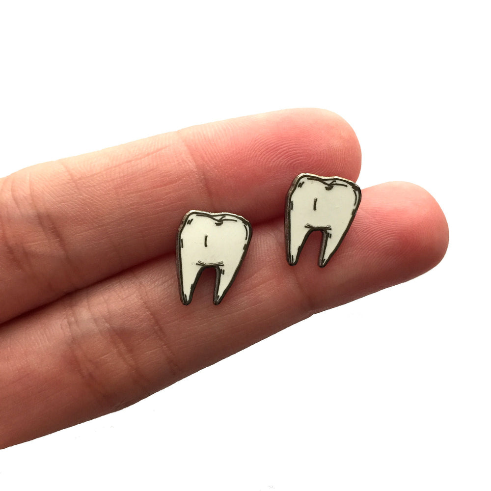 TOOTH earrings - glow in the dark