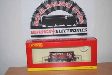 Hornby R6593 4 PLANK WAGON FORREST & Co.