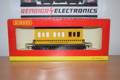 Hornby R296 TRACK CLEANING CAR