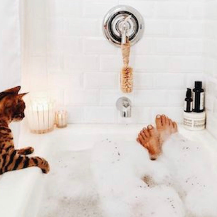 How to practice self love with a bubble bath