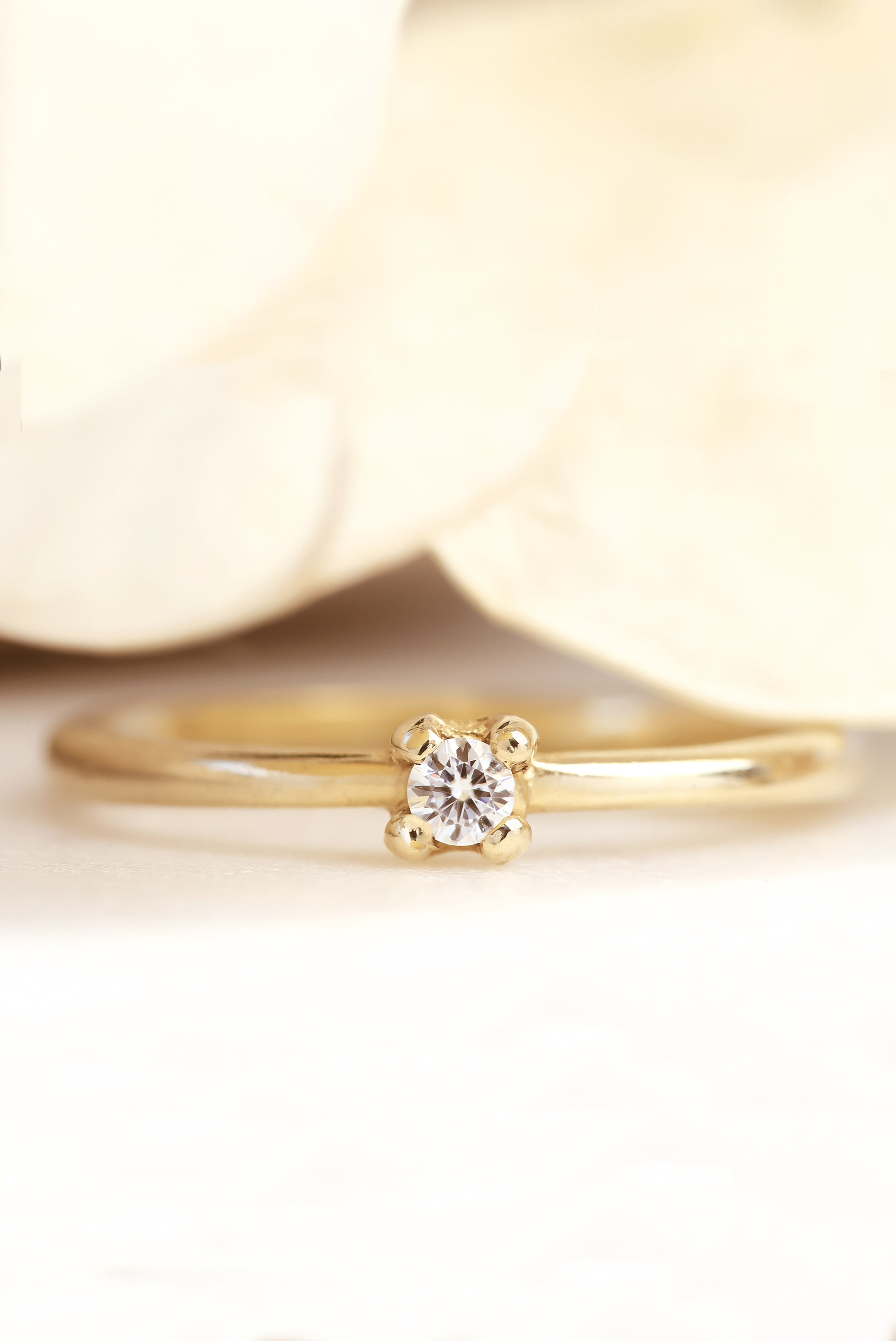 combat-dull-style-with-unique-diamond-stacking-rings-diamond-promise-ring