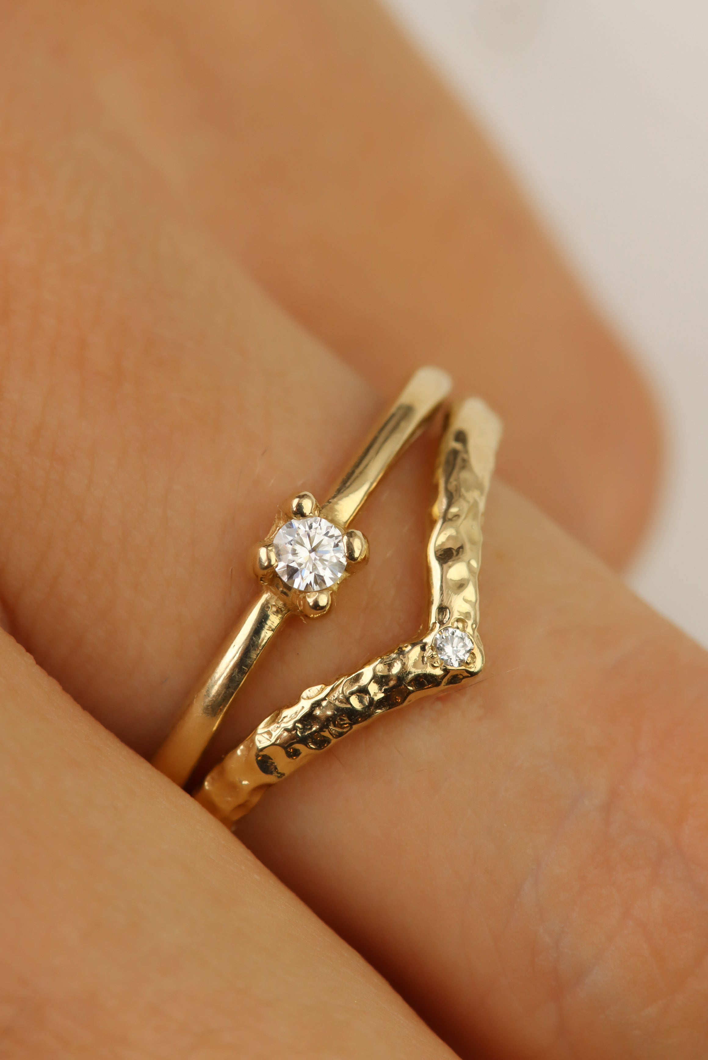 combat-dull-style-with-unique-diamond-stacking-rings-solid-gold-diamond-chevron-stacking-ring