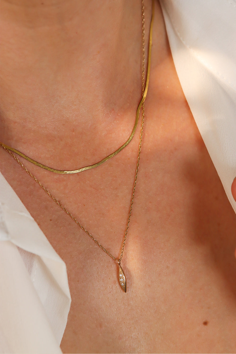 solid-gold-layering-necklaces