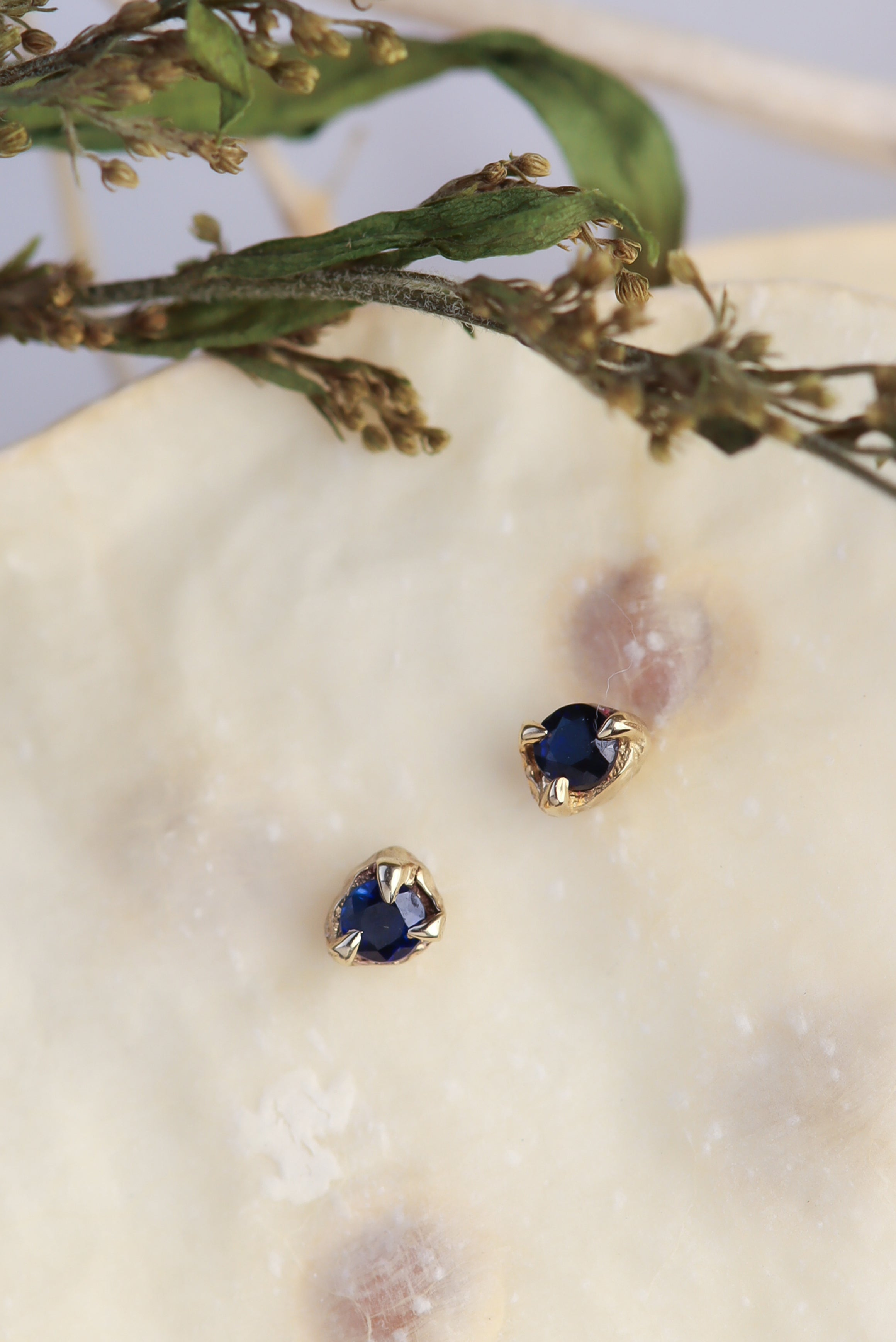 september-birthstone-sapphire-birthday-gifts-dainty-solid-gold-sapphire-stud-earrings