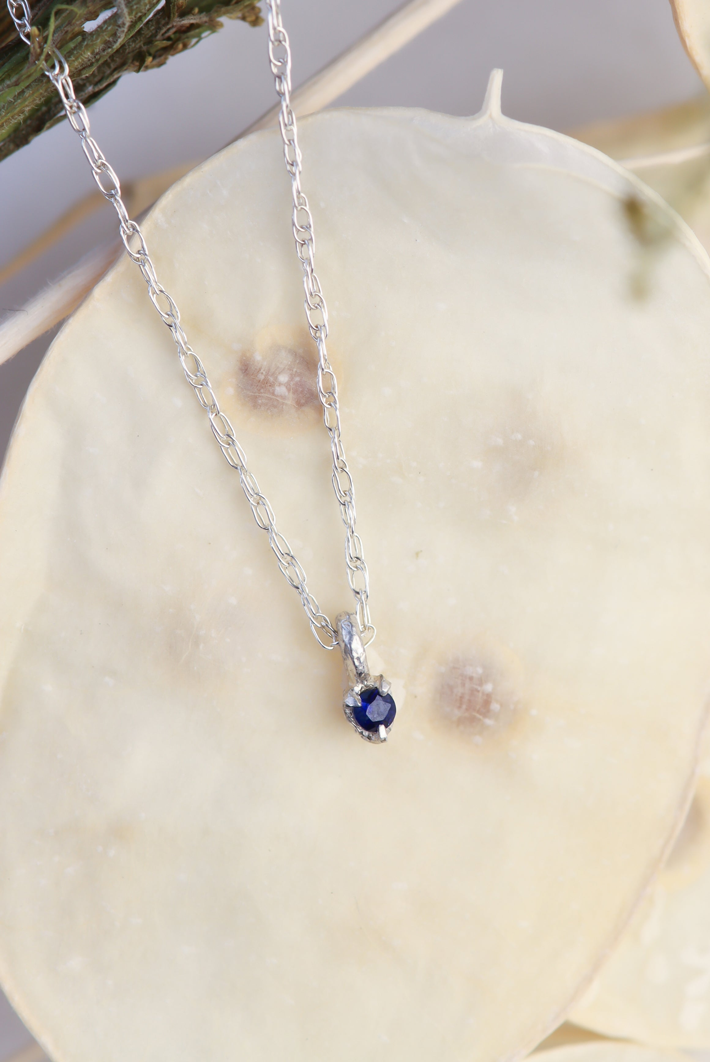 september-birthstone-sapphire-birthday-gifts-dainty-sterling-silver-sapphire-pendant-necklace