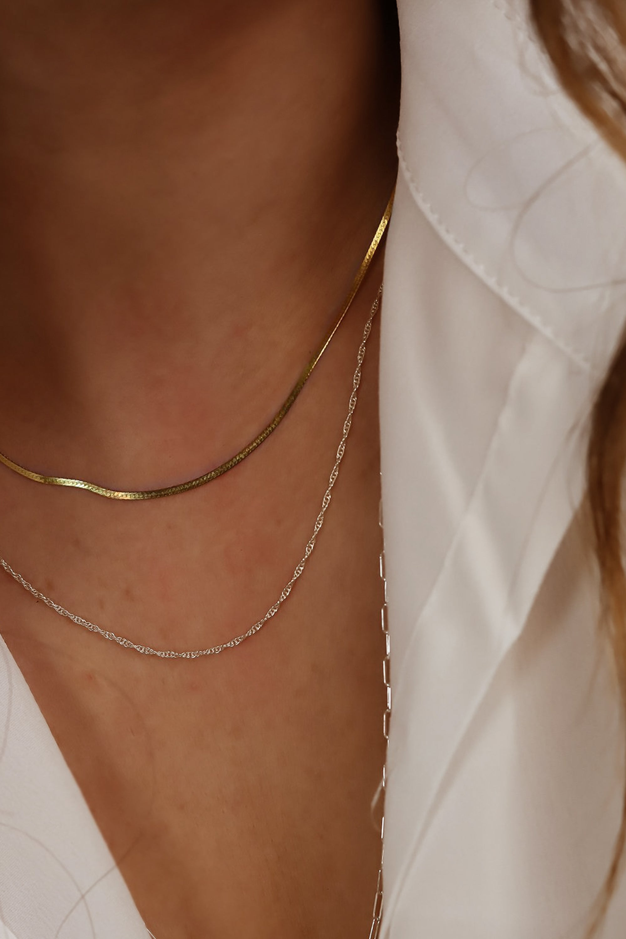 simple-gold-jewelry-solid-14k-gold-herringbone-necklace