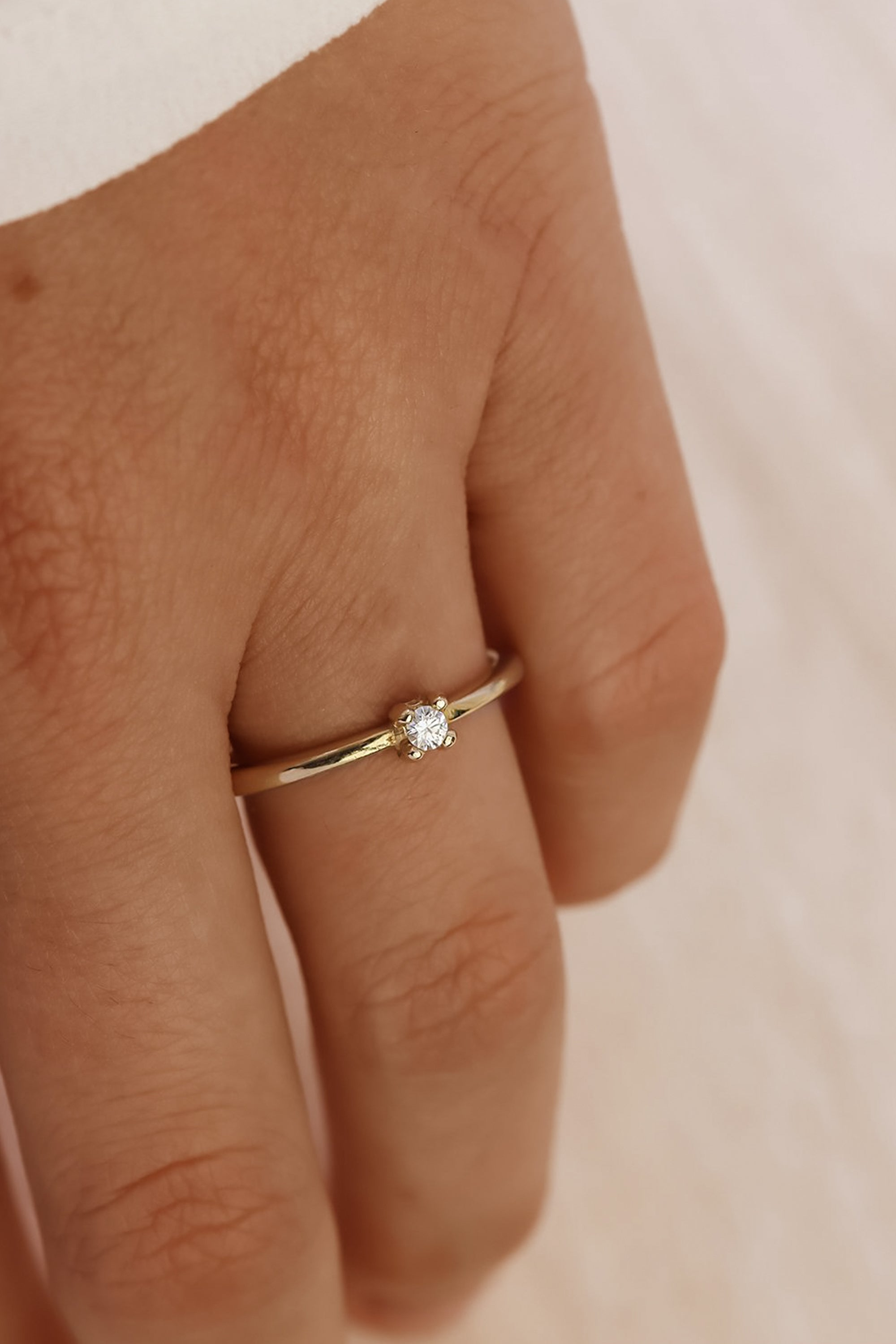 simple-gold-jewelry-solid-gold-diamond-promise-ring