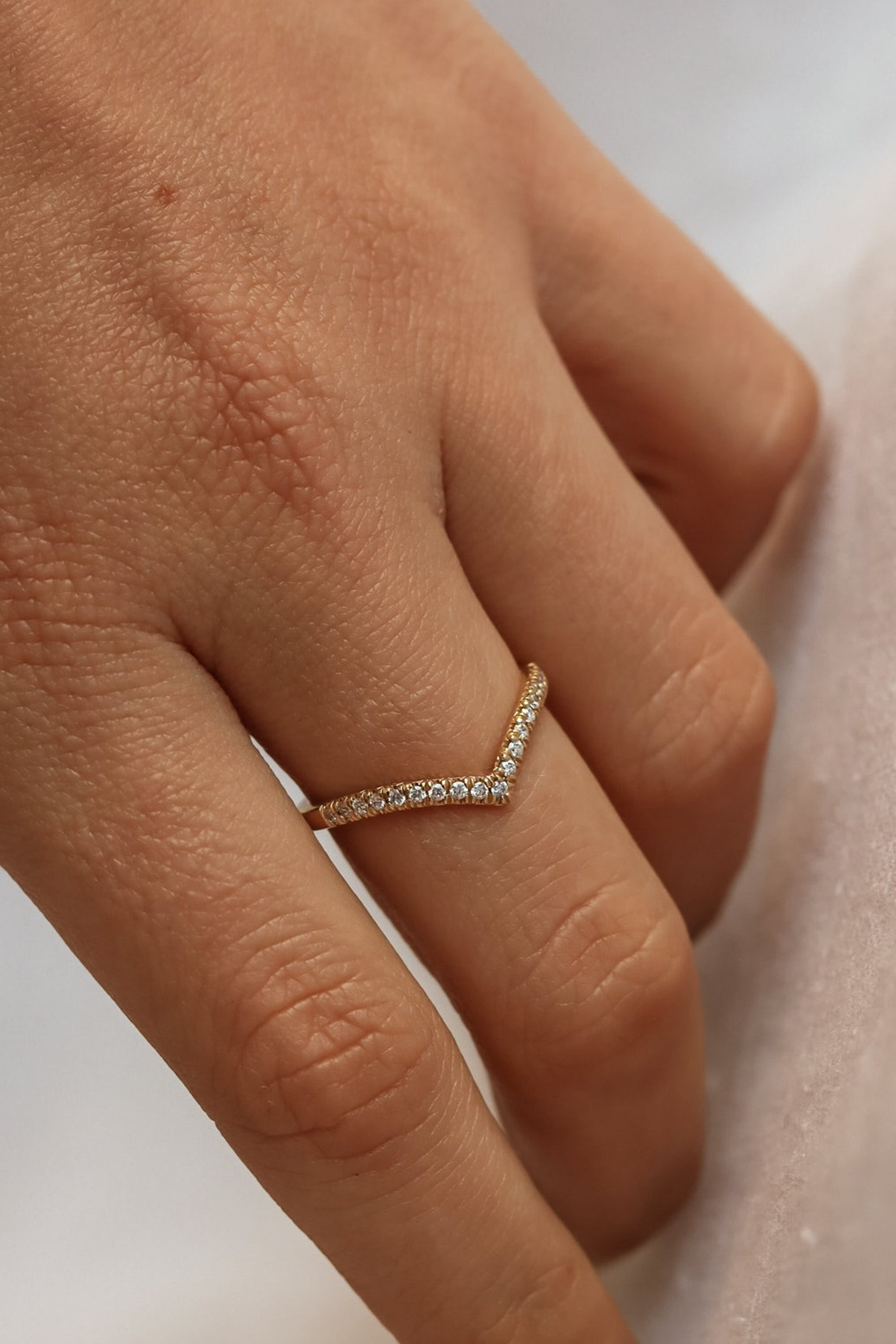 simple-gold-jewelry-solid-gold-pave-diamond-chevron-band