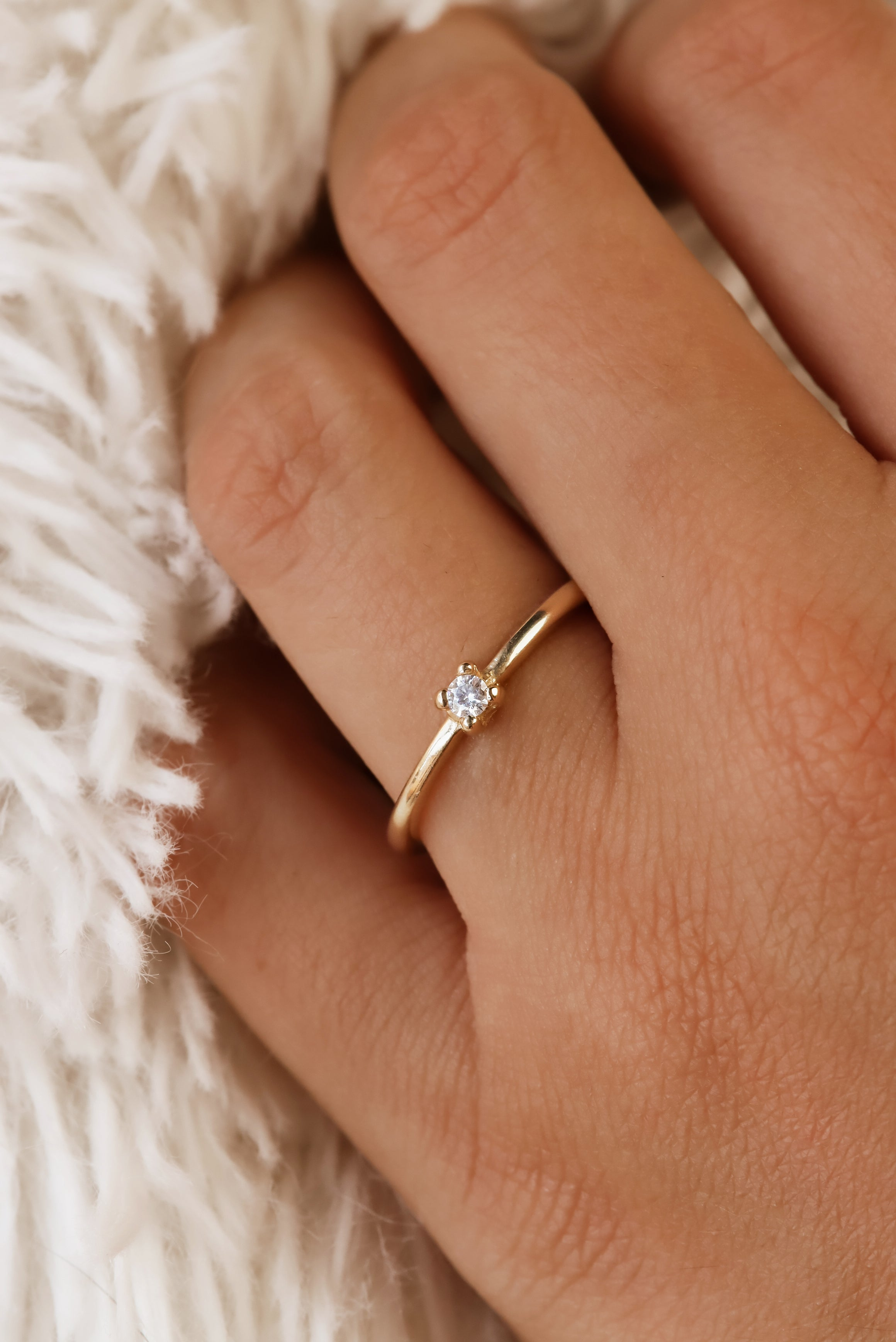 solid-gold-diamond-promise-ring