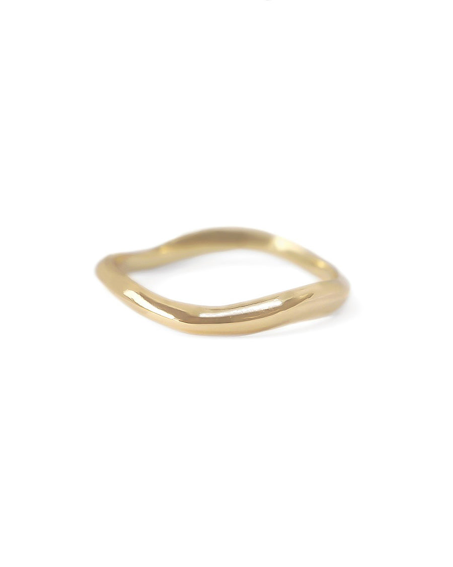 solid-gold-sculptural-wedding-band
