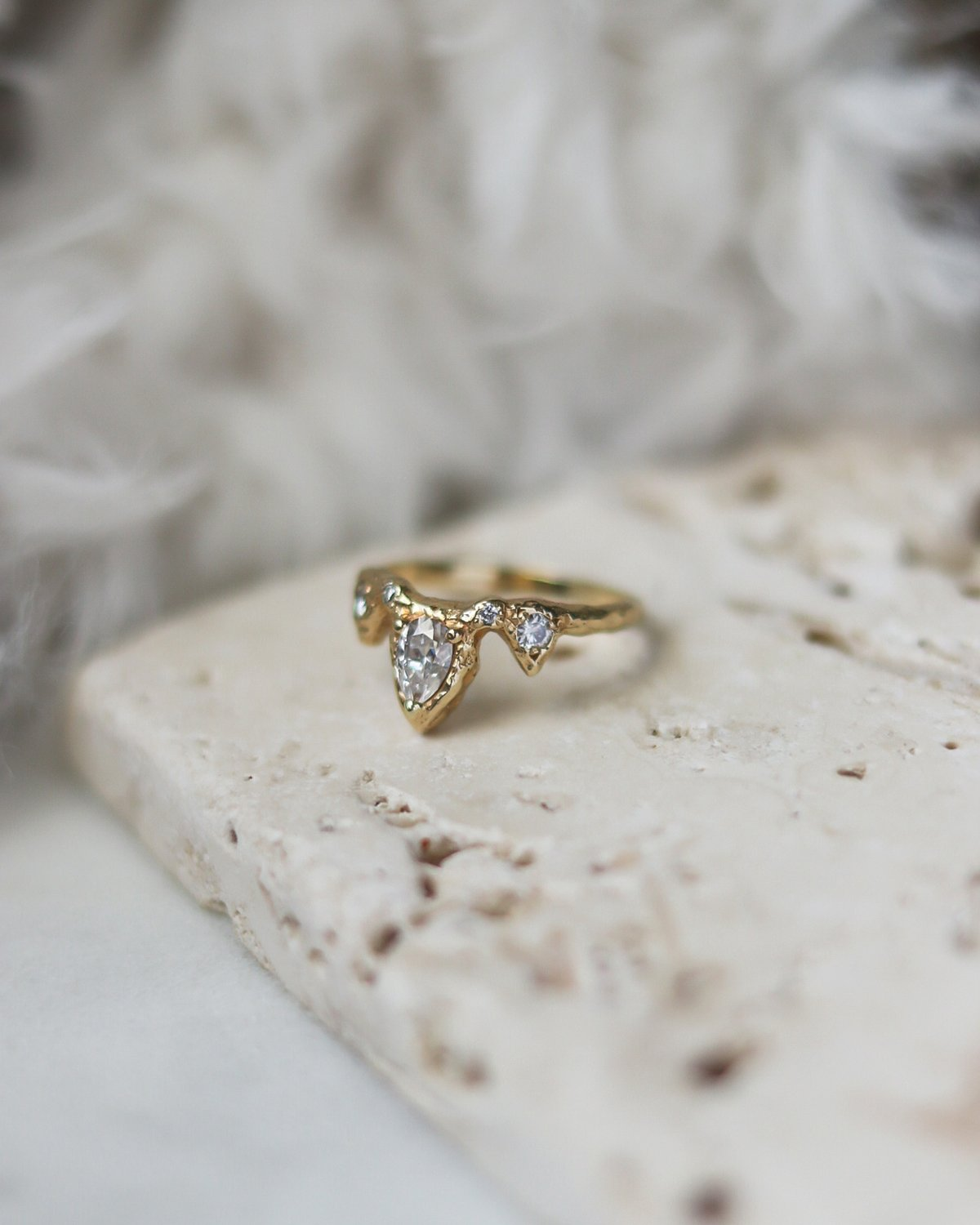 nature-inspired-textured-rustic-wedding-ring