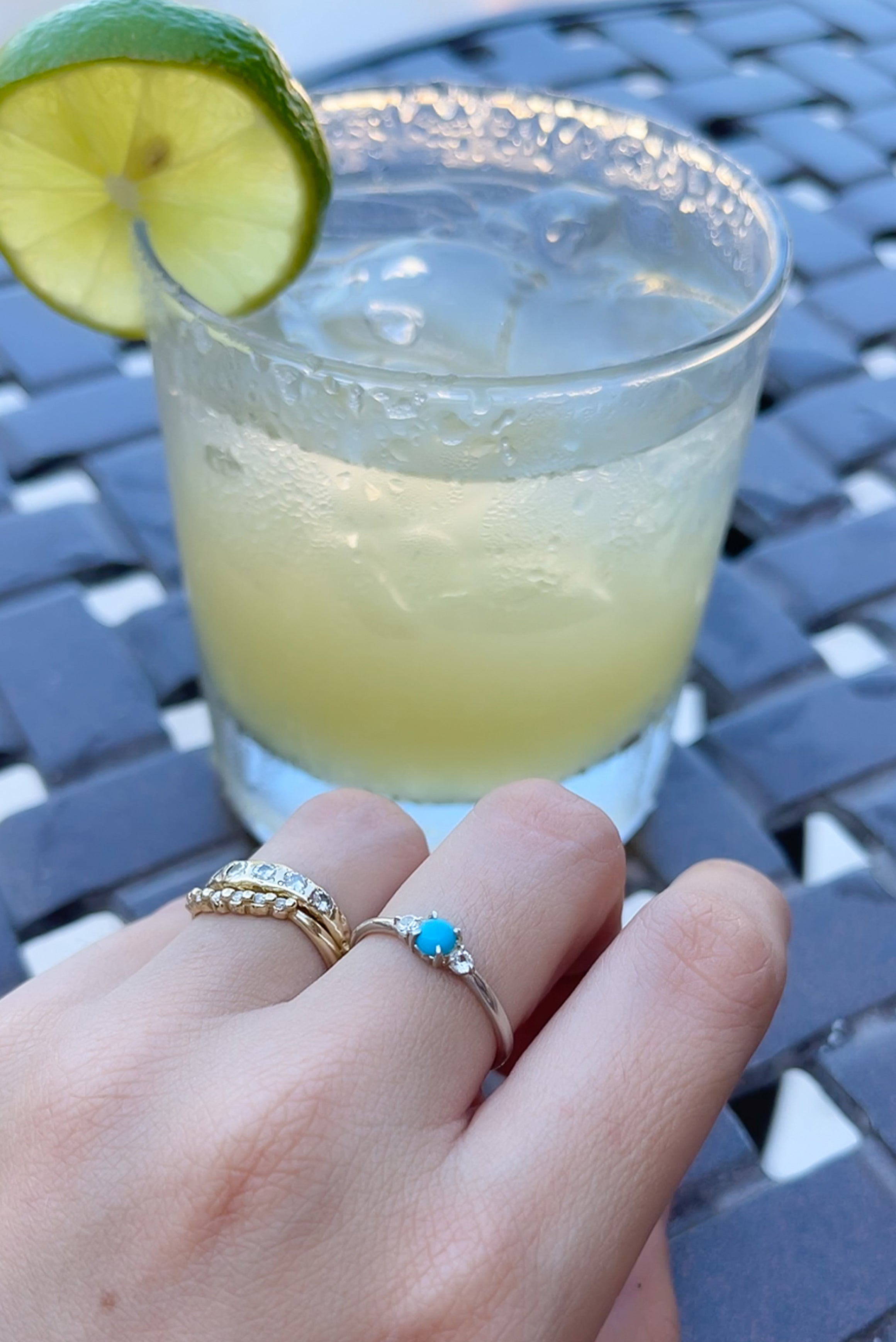 vacation-jewelry-style-my-favorite-jewelry-to-bring-on-a-tropical-getaway